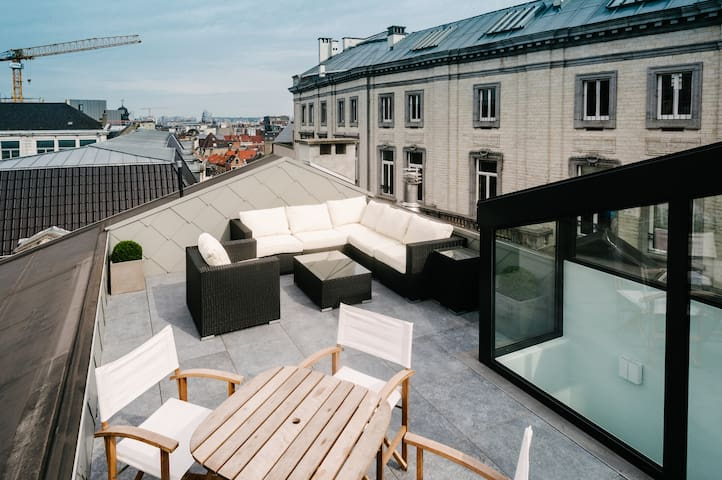 Penthouse with terrace centre Brussels 24h checkin