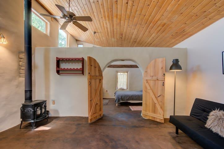 Eco Farm House/Middle Sky Light Suite
