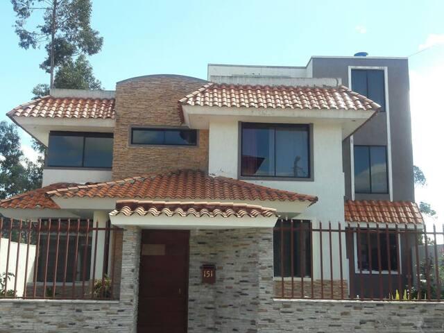 Casa En Sangolquí