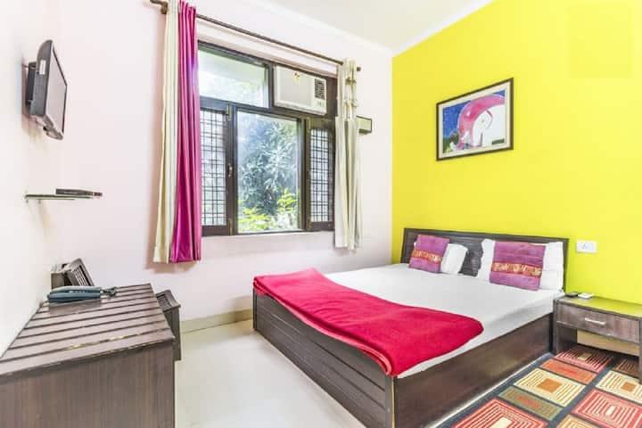 Private room near AIIMS rishikesh, close to Ganga