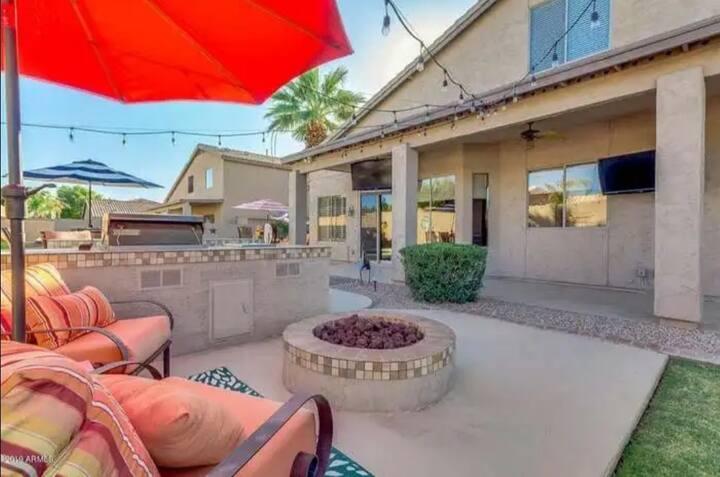 Luxe Linens+Resort Style Backyard in ❤ of Gilbert!
