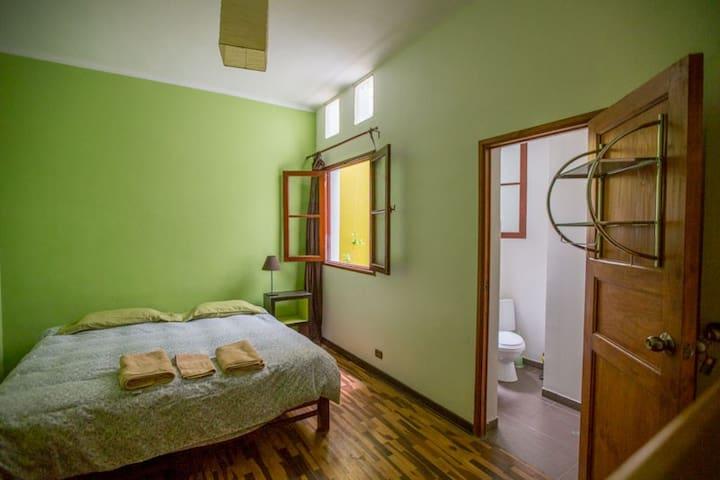 Casa Nuestra B&B - Barranco - Lima5