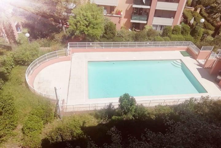 Appartement résidence sécurisée avec piscine