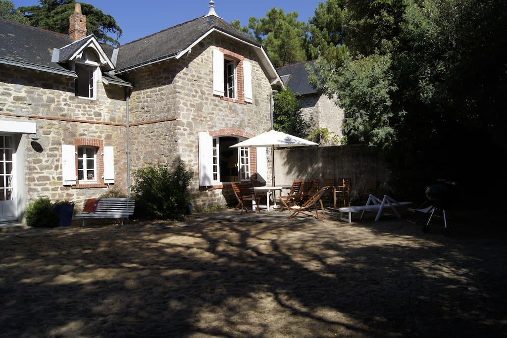 Belle villa 50m de la plage maisons louer for Maison de l emploi noirmoutier