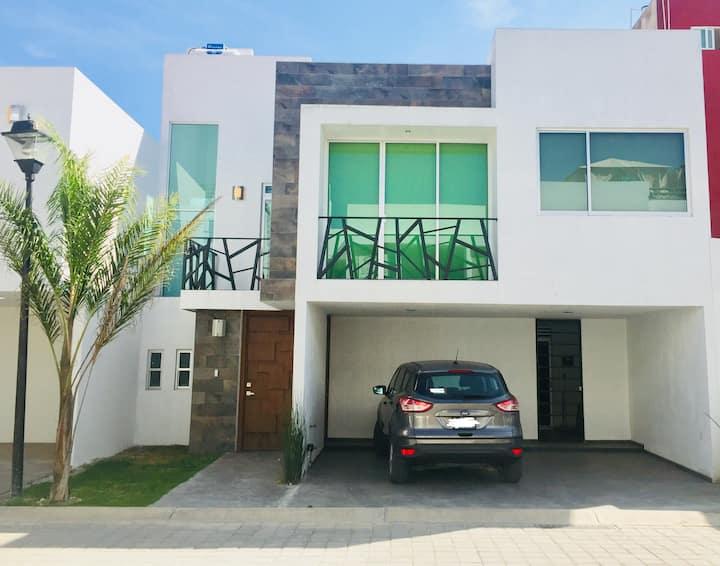 Casa Nueva con Roof Garden, Frac. Privado, Cholula