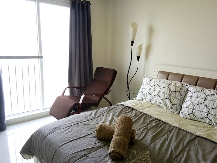 Wind Residences T4 Unit 2106 by SMCo