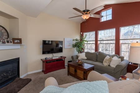 Beautiful private quarters near Boulder! - Lafayette - Rivitalo