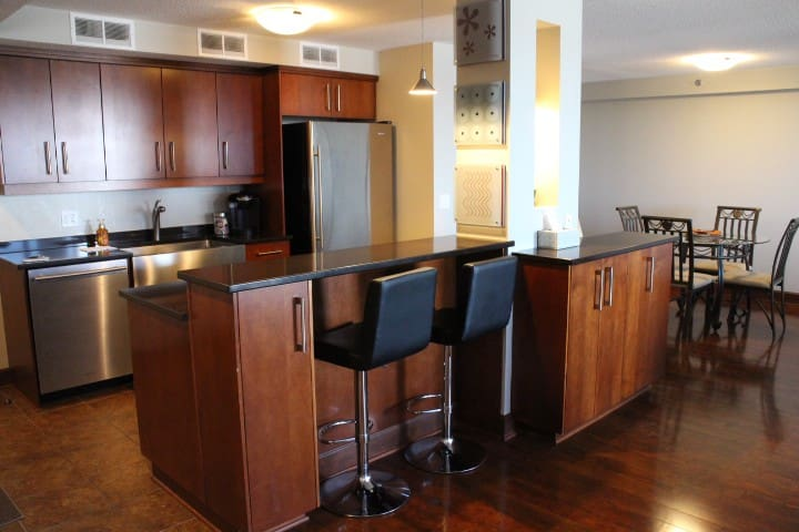 Downtown Luxury Penthouse - Very High End! - Saskatoon - Lägenhet