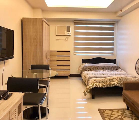 Mplace Elegant Stay in QC (2324)
