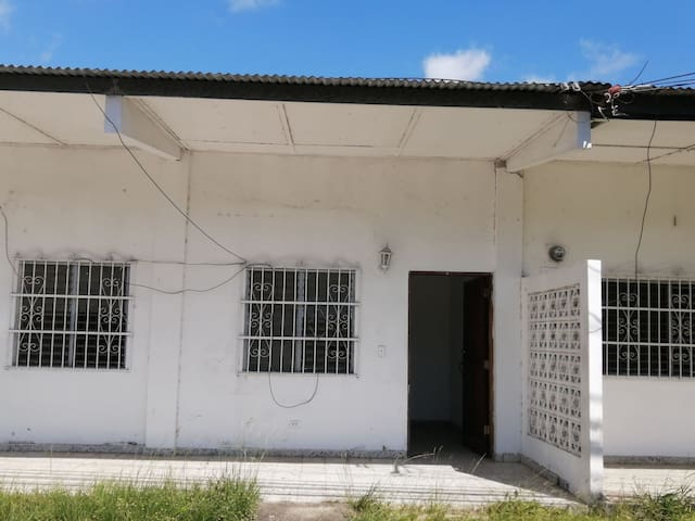 Se alquilan Dos Casas para Carnavales en Penonomé