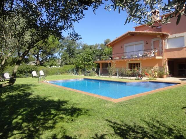 Alquiler casa aislada con piscina en Santa Cristin - Santa Cristina d'Aro - Hus