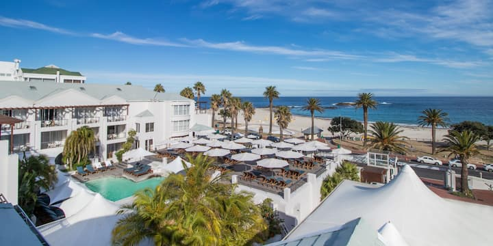 Camps Bay Luxury Beachfront Escape