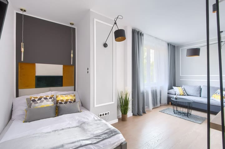 Beautiful apartment in city center, self check in!