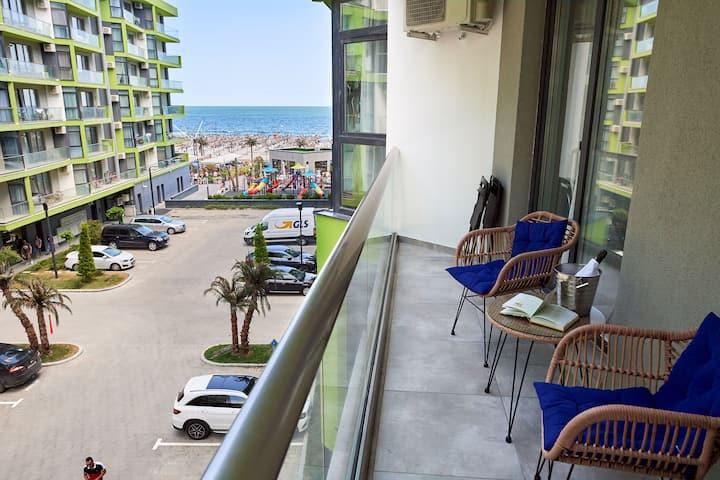 Regatta Sea View Apartment Spa n Pool resort