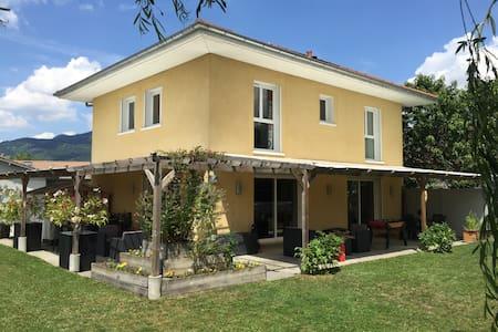 Villa (piscine, sauna, jardin) entre Genève-Annecy - Fillinges