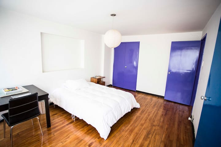 20m Room in a Big and full equipped house  2/3.
