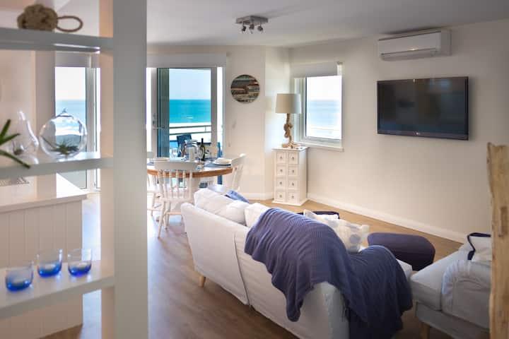 Cottesloe Blue Apartment EXECUTIVE ESCAPES