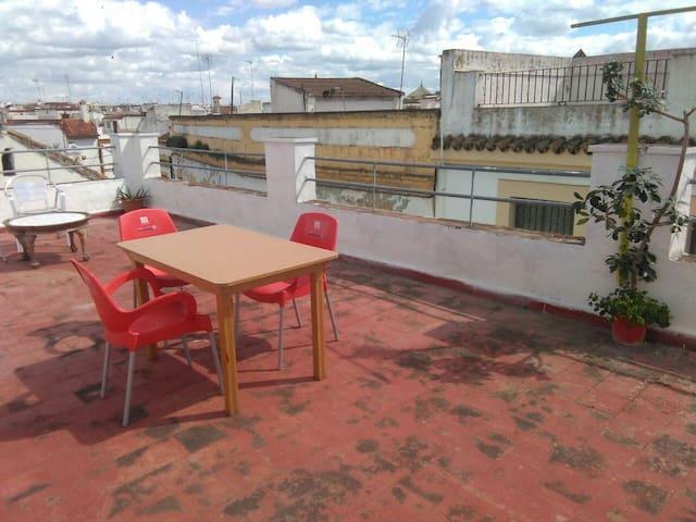 habitac ,2  camas-wifi,patios,terraza