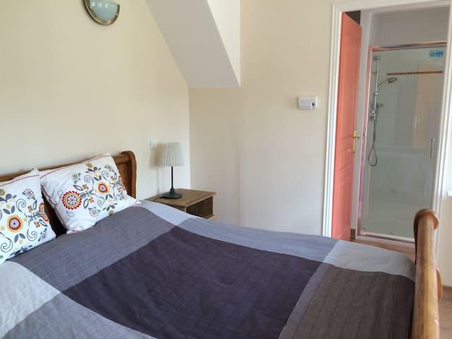 Ruim gelijkvloers appartement - 2pp, Auvergne FR - Saint-Maigner - Apartemen