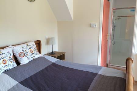 Ruim gelijkvloers appartement - 2pp, Auvergne FR - Saint-Maigner - Appartamento