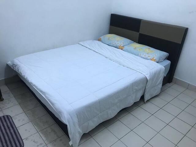 Ong's Homestay Bandar Botanik Klang-Single Room D