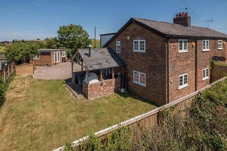 The Cottage Annex
