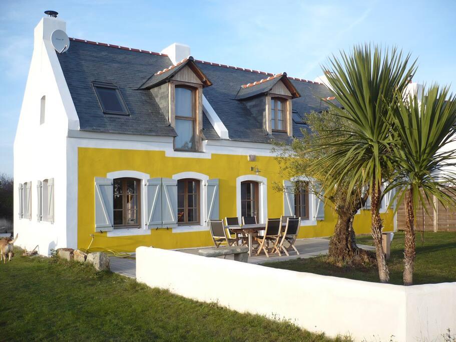 grande maison de vacances belle le avec spa maisons louer le palais bretagne france. Black Bedroom Furniture Sets. Home Design Ideas