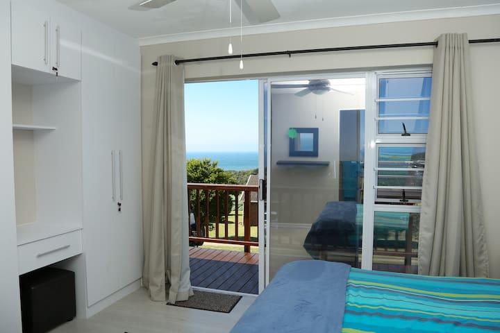 Bedroom #1 with en-suite