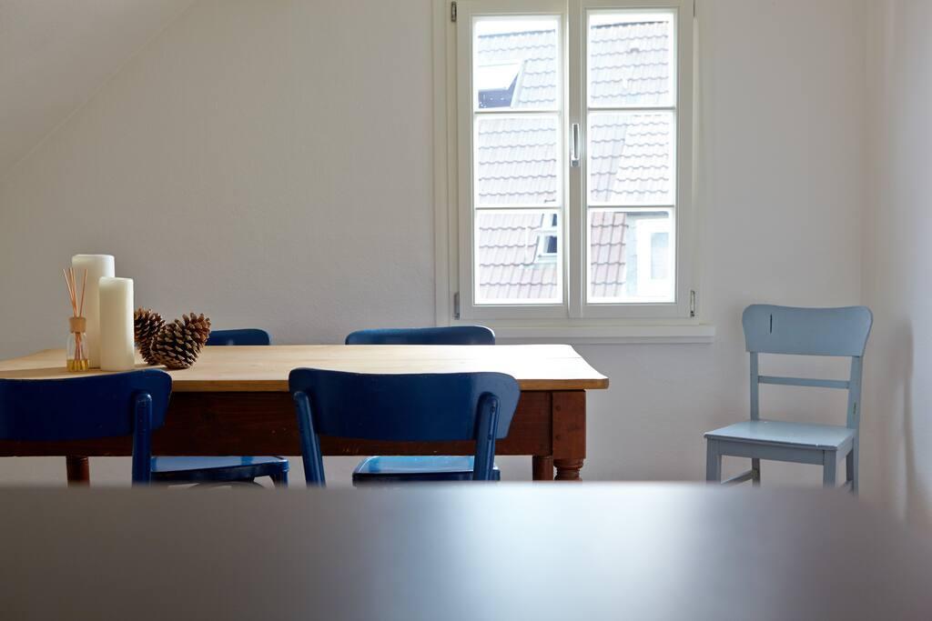 gem tliche dachgeschosswohnung in fachwerkhaus wohnungen zur miete in solingen nordrhein. Black Bedroom Furniture Sets. Home Design Ideas