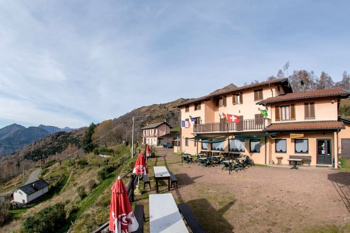 Alpe Noveis 1200 mt. - Caprile - Inap sarapan