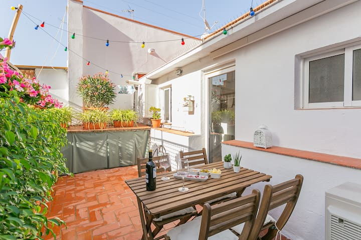 Beautiful 2 bedrooms apartment with terrace
