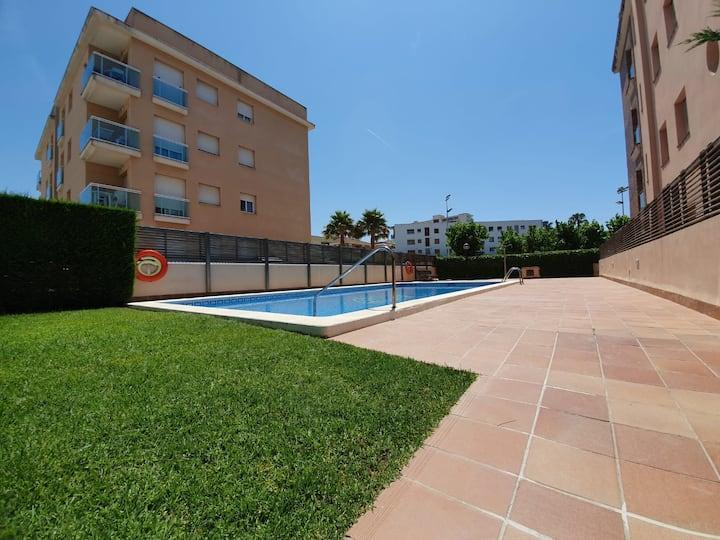 Centric ground floor ¡Parquing & Swimmingpool!