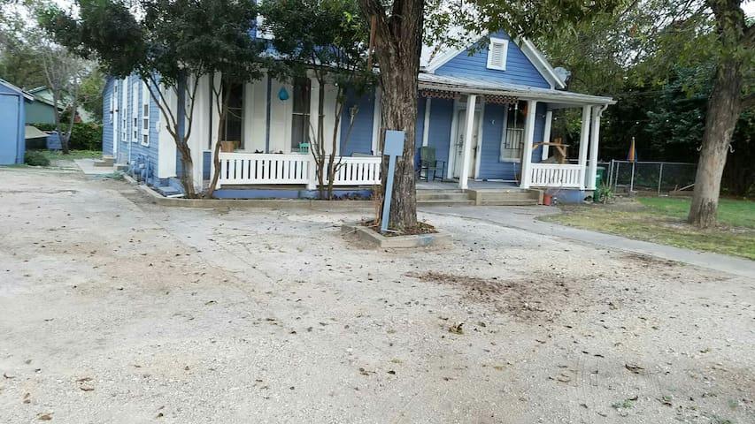 Riverwalk 1.5  dome/conv.1.2 ATT 1.5m - San Antonio - House