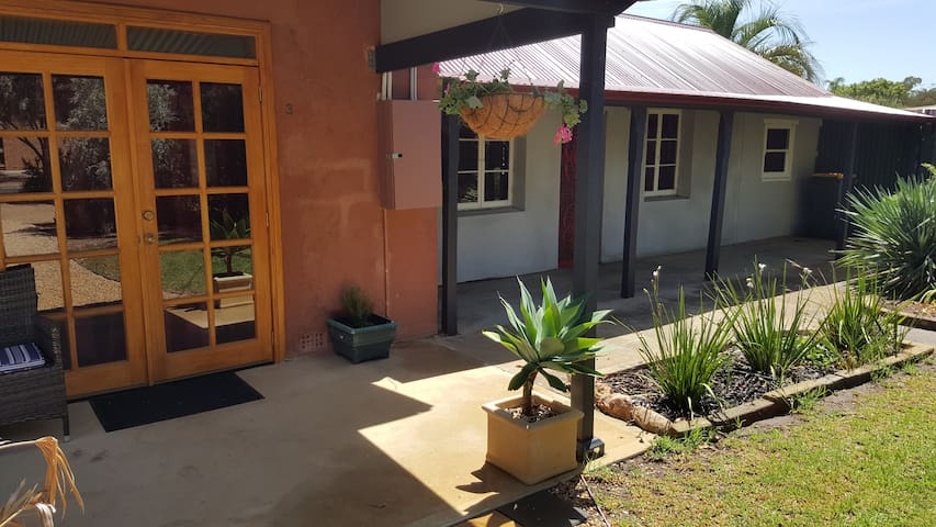 The Stables-Gawler Barossa Region - Gawler South - Bed & Breakfast