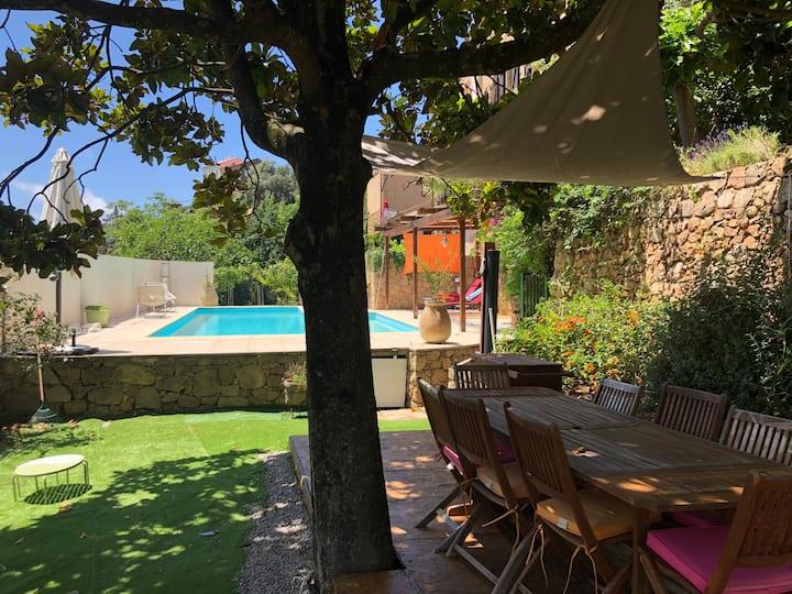 Maison Traditionnelle Corse avec Piscine privative