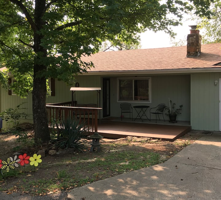 Quiet country Branson home - Attractions close