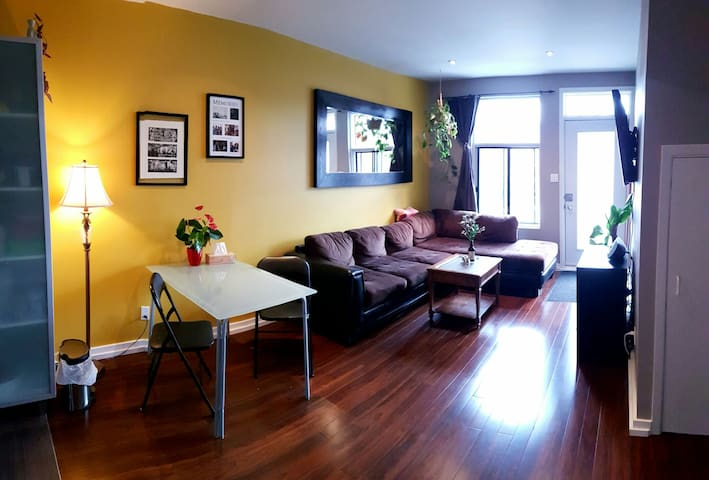 Beautiful & cozy Appartment + great location! - Montreal - Pis