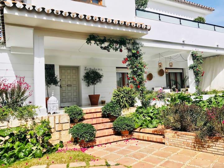 Apto de 120m² reformado con jardín porche y patio