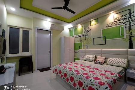 King size bedroom with attach bath room.