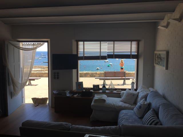Loft delante del mar - Calella de Palafrugell - Appartement
