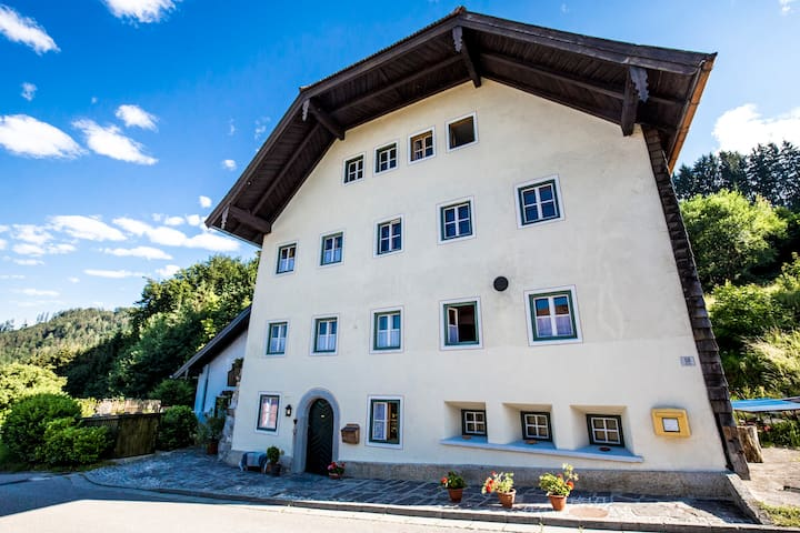 Historische Taverne Vachenlueg - Anger - ที่พักพร้อมอาหารเช้า