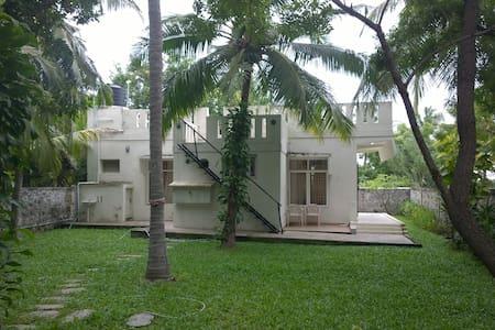 Gateway to the Seat of the Pallavas - Beach House - Tiruvallur - Byt