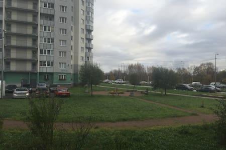 квартира на 4 человека - Pargolovo