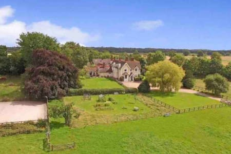 Beautiful Victorian house with 7 acres of land