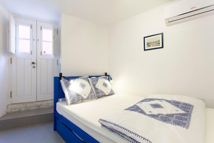 Stylish & renovated Eco-flat ´São Vicente V´