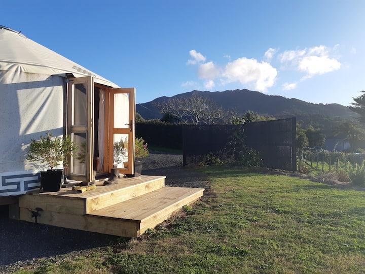 Beautiful Yurt - 10mins from Raglan beaches & town