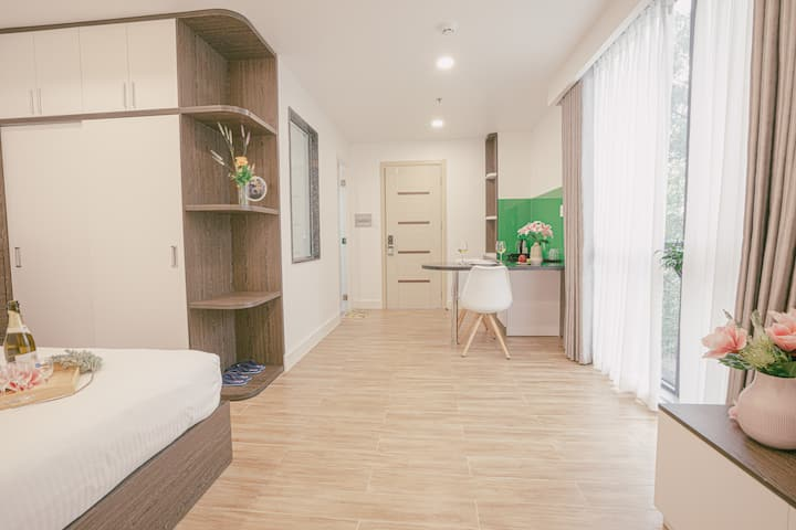 Friendly Apart. For Summer Holiday With City View