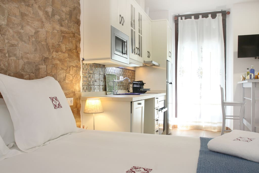 Loft free private parking breakfast mezquita lofts en - Loft en cordoba ...
