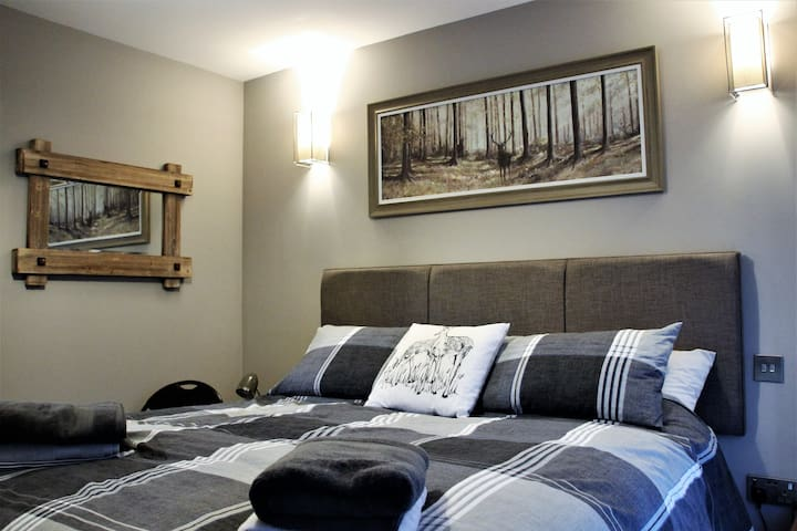 Twin / Double bed in Annexe beside Nairn Golf Club