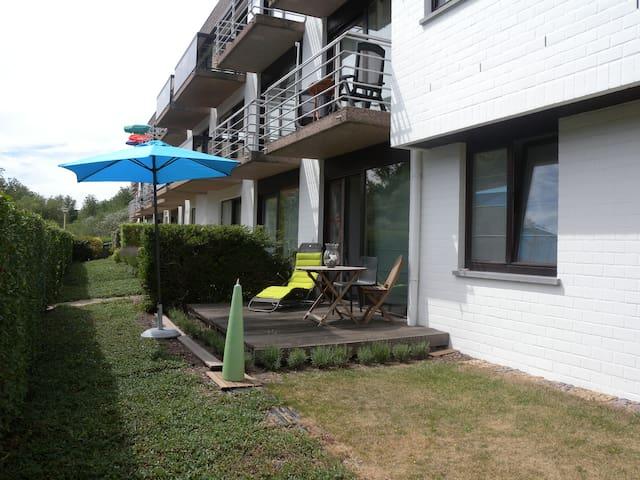 Studio vlakbij zee met tuin+terras - Koksijde - Apartamento